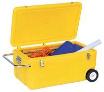 Coffre de chantier jaune polyéthylène rotomoulé avec roues et poignées